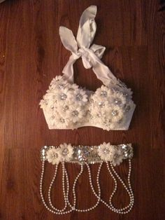 white flowers gogo set
