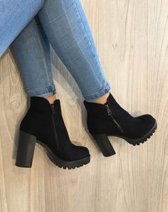 tendance chaussures 2017 2018 description bottines en suedine noires av 3 - The world's most private search engine Suede Ankle Boots, Heeled Boots, Bootie Boots, Shoe Boots, Shoes Heels, Top Shoes, Combat Boots, Black Boots, Girls Shoes