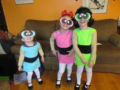 """The is how every episode of The Powerpuff Girls begins. I'm a huge fan of the show. When it came out, I was already """"too old"""" for carto. Diy Girls Costumes, Halloween Costumes For Girls, Costume Ideas, Powder Puff Girls Costume, Diy For Girls, Kids Girls, Diy Superhero Costume, Super Nana, Girl Themes"""
