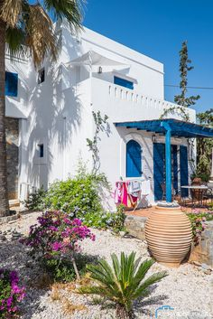 Villa Ippocampi (hotel with 13 apartments), Koutouloufari, Crete, Greece.