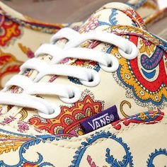 Vans x Liberty Authentic (Flower Paisley & Cream )