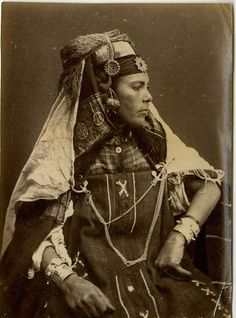 A woman from Bou Saada, Algeria