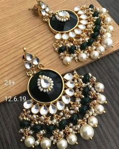 bridal jewelry for the radiant bride Indian Bridal Jewelry Sets, Indian Jewelry Earrings, Jewelry Design Earrings, Ear Jewelry, Black Earrings, Girls Earrings, Bridal Jewellery, Wedding Jewelry, Antique Jewellery Designs