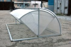 Tips on Planning as well as Building Your Home Greenhouse – Greenhouse Design Ideas Greenhouse Supplies, Build A Greenhouse, Greenhouse Growing, Greenhouse Gardening, Hydroponic Gardening, Greenhouse Ideas, Plant Watering System, Garden Structures, Outdoor Projects