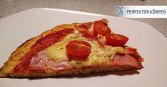 Kalorienarme FIT-Pizza  –  glutenfrei. Ist das überhaupt möglich ????  Kaum jemand ist kein Pizza-Liebhaber. Speisen wie diese, können unsere Pläne durchkreuzen, wenn es um Abnehmen geht. Dies ist aber mit unserer FIT-Pizza nicht der Fall.  Woraus der leckere Teig besteht, kannst du im Rezept nachlesen. Du wirst über den Geschmack bestimmt überrascht sein!    Lass mich wissen, wie es dir geschmeckt hat! ;)