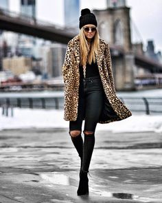 All black and a faux fur leopard print coat Leggings Outfit Winter, Legging Outfits, Winter Coat Outfits, Leopard Leggings Outfit, Leopard Fur Coat, Black Faux Fur Coat, Leopard Print Outfits, Leopard Print Jacket, Fur Coat Outfit