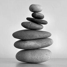 Buddha's Garden Of Zen - Balance Stone Cairns, Deco Zen, Non Plus Ultra, Balance Art, Balance Design, Rock Sculpture, Rock And Pebbles, Gray Aesthetic, Zen Meditation