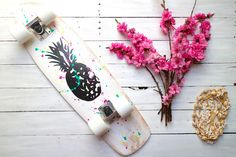 Pineapple longboard