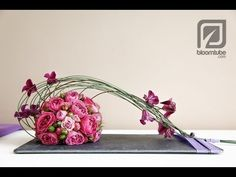 How To Make A Flower Arrangement With Roses Tutorial - & wie erstelle ich ein blumenarrangement mit rosen tutorial - How To Make A Flower Arrangement With Roses Tutorial - & Arte Floral, Deco Floral, Flower Show, Flower Art, Bridal Flowers, Diy Flowers, Flower Decorations, Bridal Bouquets, Purple Flowers