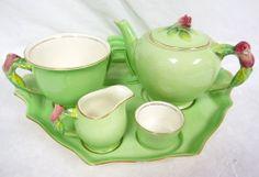 ROYAL WINTON GRIMWADE CHINA GREEN ROSEBUD BACHELOR TEA FOR ONE BREAKFAST SET VTG