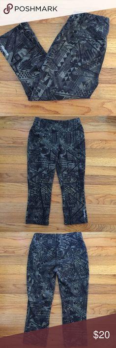 Reebok Capri Pants Small Good used condition  No spots or holes  Size small  Green & Black Bin A Reebok Pants