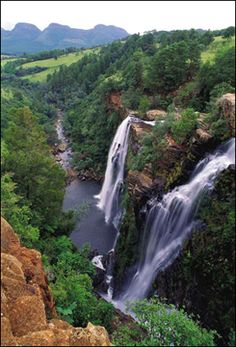 The Lisbon Falls lie north of the little town of Graskop in Mpumalanga, just outside the Blyde River Canyon Nature Reserve in South Africa. Beautiful Waterfalls, Beautiful Landscapes, Places To Travel, Places To See, Out Of Africa, Africa Travel, The Great Outdoors, South Africa, Safari