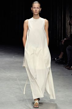 Damir Doma Spring 2012 Ready-to-Wear Fashion Show - Martyna Budna (WOMEN)