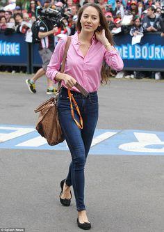 Jessica Michibata.. casual girl-next-door style - pink + denim..