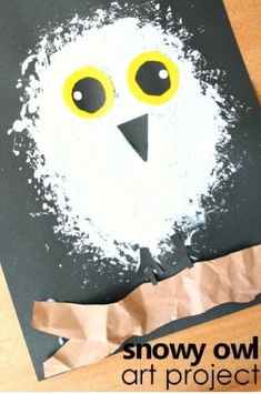 Snowy Owl Winter Craft for Kids Learn about snowy owls. Then create this snowy owl winter craft for kids as you discuss what you've learned. Great for an arctic animal preschool theme. The post Snowy Owl Winter Craft for Kids appeared first on School Diy. Kids Crafts, Winter Crafts For Toddlers, Preschool Art Projects, Craft Kids, Craft Projects, Craft Activities, Letter O Activities, Animal Activities For Kids, Preschool Arts And Crafts