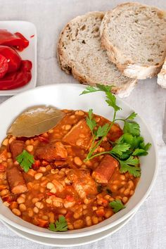 Another classic Romanian recipe, one of the best bean stews I had, with Kabanos . - Another classic Romanian recipe, one of the best bean stews I had, with Kabanos sausages and smoked - Sausage Stew, Beans And Sausage, Pork N Beans, Sicilian Recipes, Turkish Recipes, Greek Recipes, Ethnic Recipes, Recipes For Soups And Stews, Bean Soup Recipes