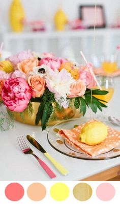 Bright + Beautiful http://www.theperfectpalette.com/2014/04/8-color-inspiring-centerpiece-ideas.html