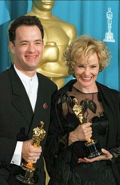 Tom Hanks & Jessica Lange at the Academy Awards 1995 Tom Hanks, Actors Male, Handsome Actors, Actors & Actresses, Best Actress, Best Actor, Oscars, Oscar Winning Movies, Best Supporting Actor