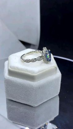 Dream Engagement Rings, Moissanite, Class Ring, Sapphire Rings, Wedding Rings, Jewels, Diamond, Blue, Wedding Ideas