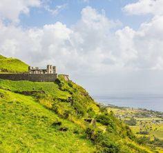 My latest UNESCO world heritage site was Brimstone Hill Fortress on #StKitts: a 400 year old British fort still standing guard on top of a volcano. Which world heritage site did you last visit? - - - Blogissa #uusipostaus päivästämme Saint Kittsin saarella kun pysähdyimme siellä häämatkaristeilyllämme.  @stkittstourism #brimstonefortress #häämatka #honeymoon #caribbean #karibia #unesco #worldheritage #maailmanperintökohde #cruise #risteily #travel #matka #reissu #nordicnomads #matkablogi…