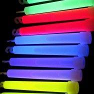 Glow çubuk cebinde
