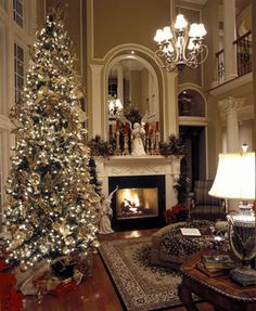 Elegance Christmas mantle and tree