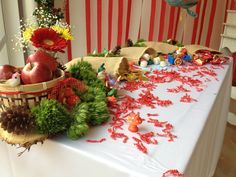 Snow White Birthday Party Ideas | Photo 16 of 24 | Catch My Party