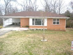 3 BR/2 bath home on .5 acre in Hollow Rock, TN.