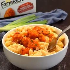 Some days it's easier to get out of bed than others. Like days when Buffalo Chicken Mac & Cheese is on the menu. Get this easy dinner recipe from @lemontreecathy. Best Mac And Cheese, Creamy Mac And Cheese, Mac And Cheese Homemade, Macaroni Cheese, Mac Cheese, Chicken Bites, Recipe Instructions, Buffalo Chicken, Casserole Dishes