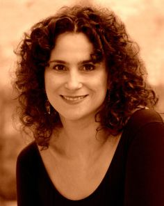 """Elizabeth Schwartz """"The Voice of Klezmer"""", Filmmaker; San Diego, CA         ... Appearing at 15th IAYC International Yiddish Conference"""