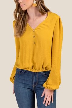 Sharice Meet And Greet Chiffon Blouse- Mustard Simple Kurti Designs, Blouse Designs, Casual Dresses, Casual Outfits, Women's Casual, Iranian Women Fashion, Simple Prom Dress, Fall Fashion Outfits, Emo Fashion