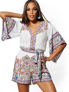 White Border-Print Kimono Romper - New York & Company 20s Fashion, Fashion 2018, Petite Fashion, Fashion Styles, Womens Fashion, Fashion Trends, Hawaiian Summer Dresses, Boho Romper, Older Women Fashion