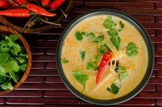 Thai coconut milk soup recipe | Tom Kha Gai | rachelcooksthai.com
