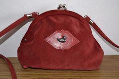 Handmade, Vintage - Pixalia - haine si accesorii faine: Geanta vintage din piele rosie