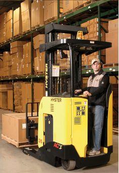 En Logistic Majo tenemos montacargas eléctricos de todas las marcas. Branding
