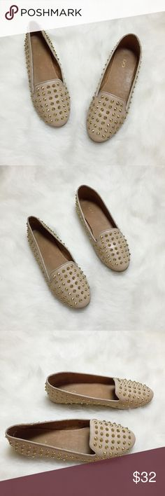 """Aldo Gold Studded Flats💕 Aldo Gold Studded Flats💕 Size: 8.5 Condition: Used  The perfect summer loafers, perfect to pair with skinny jeans,tunics & shorts.Selling these for extra closet space😊 They have been worn twice.They are a tad dirty & would just need a easy clean. Feature Gold pointy studs and none are missing, the words """"ALDO"""" inside shoes soles are a tad faded.Retail for $75+ tax. Accepting offers💕 Grab these while you can! ☀️  In Bin: F3 **All items from my closet come from a…"""