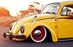 A Bug Named Flip // Shaakir's Volkwagen Beetle. Beetle Bug, Vw Beetles, Volkswagon Van, Cape Town South Africa, The Perfect Getaway, Custom Cars, Antique Cars, Bubble, Classic Cars