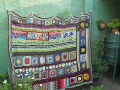 esta es la primera manta hippie,del 2012