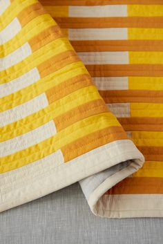 Stripe Quilt Pattern, Striped Quilt, Modern Quilting Designs, Modern Quilt Patterns, Quilt Designs, Yellow Quilts, Colorful Quilts, Rail Fence Quilt, Straight Line Quilting