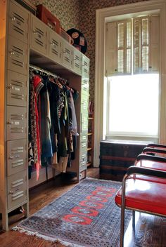What an interesting closet! Great for a college kid or for lots of storage
