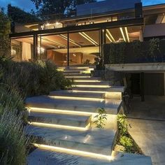 Modern architecture house design with minimalist style and luxury exterior and interior and using the perfect lighting style is inspiration for villas mansions penthouses Modern Architecture House, Amazing Architecture, Architecture Design, Outdoor Steps, Outdoor Landscaping, Landscape Lighting, Outdoor Lighting, Lighting Ideas, Villa Design