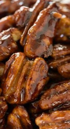 These quick and easy candied pecans are perfect for salads, the tops of desserts or just for snacking. Be careful, however, they are a tad addicting. Pecan Recipes, Candy Recipes, Holiday Recipes, Dessert Recipes, Cooking Recipes, Desserts, Walnut Recipes, Cooking Cake, Snacks Recipes
