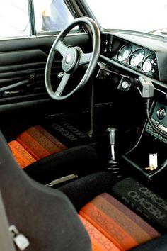 80s car interior... love them