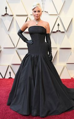 Lady Gaga from 2019 Oscars Red Carpet Fashion In Alexander McQueen and Tiffany & Co. Jewelry Jennifer Lopez, Jennifer Hudson, Gemma Chan, Constance Wu, Regina King, Lisa Bonet, Vestido Strapless, Strapless Dress Formal, Queen Latifah