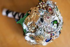Sentimental brooch bouquet