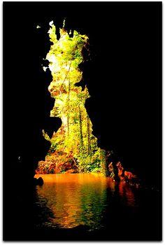 Salida de la Cueva del Indio. Parque Nacional. Vinales, Natural Playgrounds, Caves, National Parks