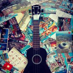 Ukulele and postcards <3