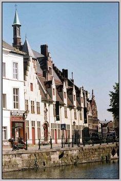 het huis van alijn, gent : museum of everyday life, Ghent Belgium