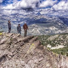 Explore more at 11,053 ft. up #mammothmountain.