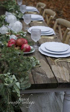 3 Easy Christmas table ideas -       Are you ready for Christmas yet?   Done decking the halls, wrapped up all your shopping   and ...